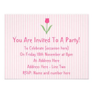 Flor cor-de-rosa bonito da tulipa convite personalizado