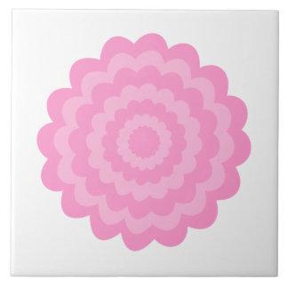 Flor cor-de-rosa bonito. Fundo branco Azulejo