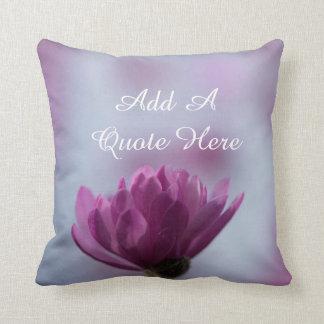 Flor cor-de-rosa personalizada almofada