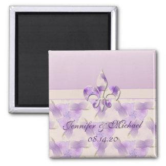 Flor de lis e violetas personalizadas ímã quadrado