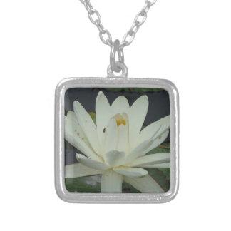Flor de Lotus branco Bijuteria Personalizada