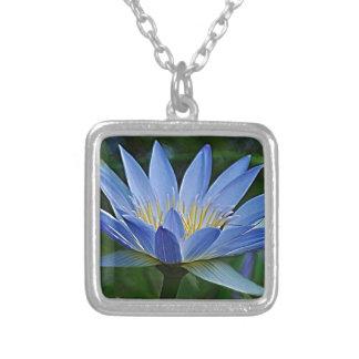 Flor e significado de Lotus Bijuteria Personalizada