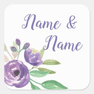Flor roxa das etiquetas de casamento das etiquetas