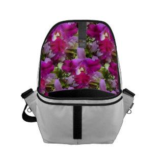 Flor tropical da orquídea de Cattleya Bolsas Mensageiro