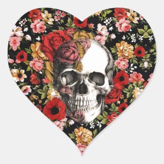 Floral retro com teste padrão do crânio adesivo coração