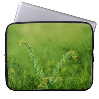 Floral selvagem verde sleeve para notebook