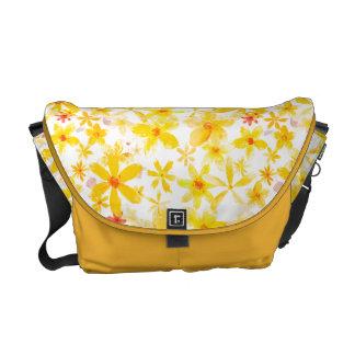 Flores amarelas bolsas mensageiro