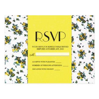Flores amarelas do primavera no papel branco e cartão postal