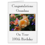 Flores bonito, cartão de aniversário da avó 100th