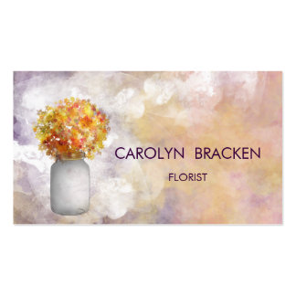 Flores chiques bonitas do frasco de pedreiro da cartão de visita