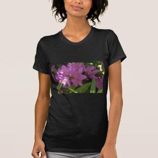 Flores coloridas malva tshirts
