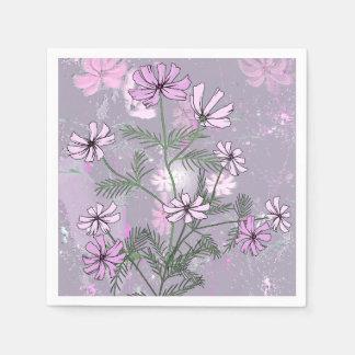 Flores cor-de-rosa bonito nos guardanapo de papel