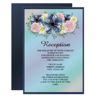 Flores da primavera no convite azul da recepção