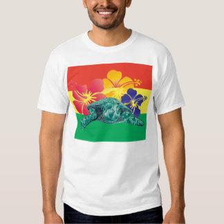 Flores da tartaruga e do hibiscus de Havaí Tshirts