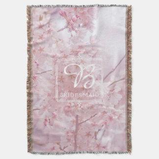 Flores de cerejeira rosas pálido da dama de honra coberta