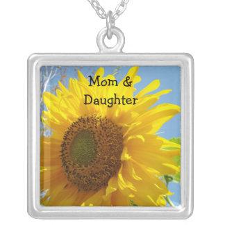 Flores de harmonização das colares da mamã & da fi