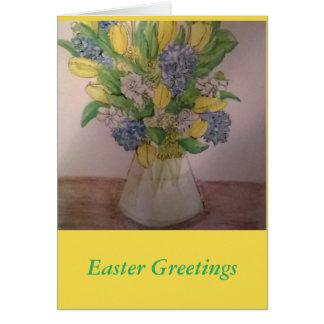 Flores do primavera em um cartão de páscoa do vaso