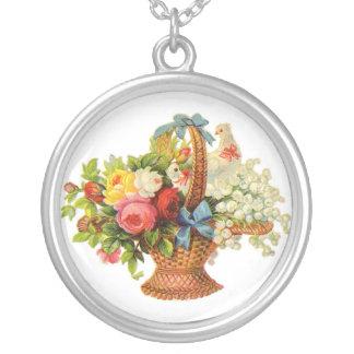 Flores e pássaro bonitos bijuteria