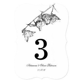 Flores pretas & brancas simples elegantes que convite 12.7 x 17.78cm