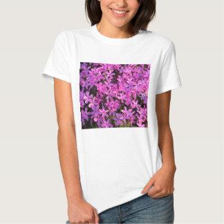 Flores roxas camisetas
