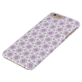 Flores roxas no fundo branco. capas de iphone