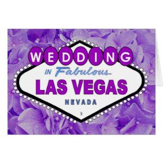 Flores roxas que WEDDING no anúncio C de Las Vegas Cartão Comemorativo