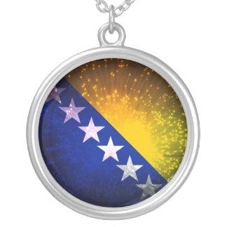 Fogo-de-artifício; Bandeira de Bósnia Colar