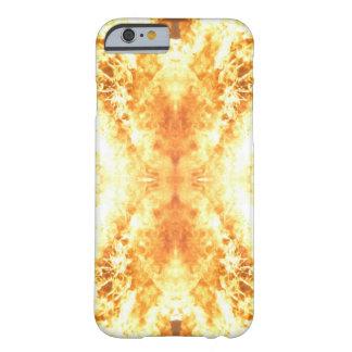 Fogo e chamas capa barely there para iPhone 6