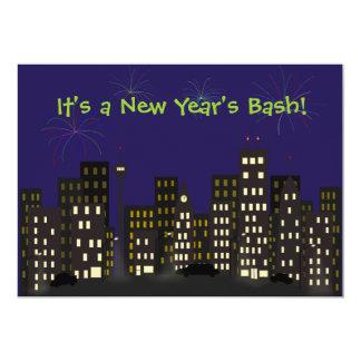 Fogos-de-artifício no convite do ano novo da convite 12.7 x 17.78cm