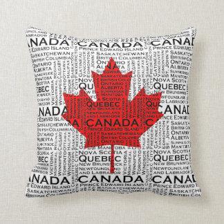 Folha canadense com fundo da cidade & dos estados almofada