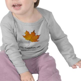 Folha de bordo canadense t-shirts