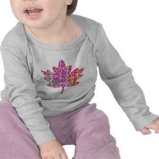 Folha de bordo cor-de-rosa floral - canadense camisetas