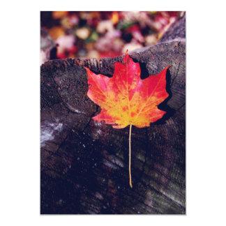 Folha de bordo do outono convite 12.7 x 17.78cm