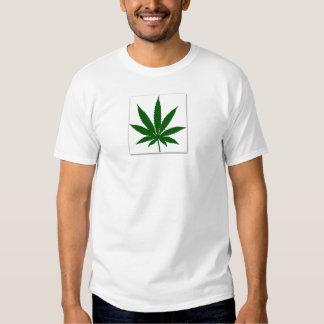 Folha de cânhamo tshirts