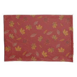 Folhas de outono douradas na cor feita sob