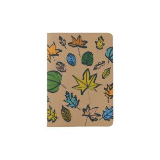 Folhas de outono no suporte do passaporte capa para passaporte