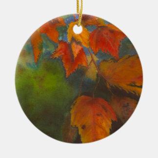 Folhas de outono ornamento de cerâmica redondo