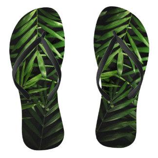 Folhas de palmeira chinelos