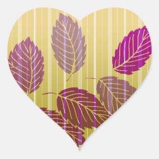 Folhas listradas elegantes adesivo de coração