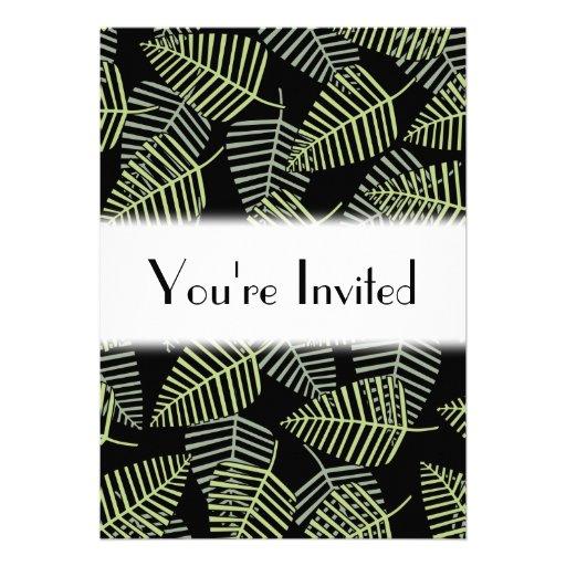 Folhas tropicais no preto convites personalizados