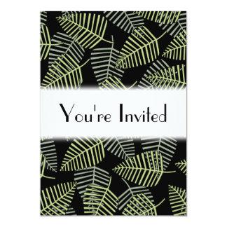 Folhas tropicais no preto convite 12.7 x 17.78cm