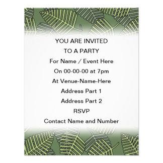 Folhas tropicais verdes em verde escuro convite personalizado