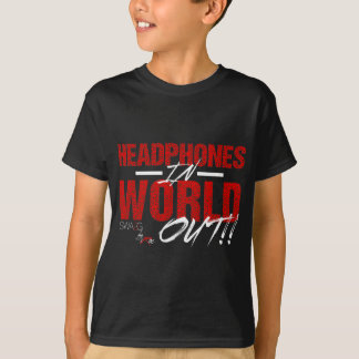 Fones de ouvido no mundo para fora camiseta