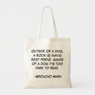 Fora de um cão, um livro é o melhor amigo do homem sacola tote budget