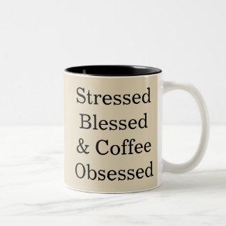 Forçado caneca abençoada & café obcecada do copo
