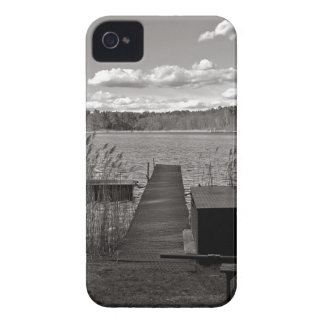 Forest Lake em Black and White Capa Para iPhone 4 Case-Mate