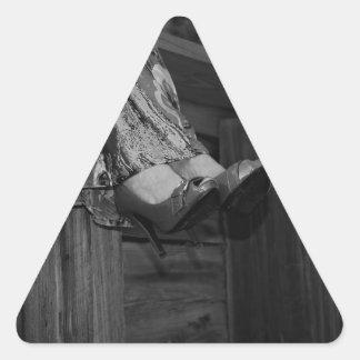 Forma preto e branco adesivo triangular
