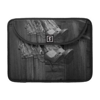 Forma preto e branco bolsas para MacBook