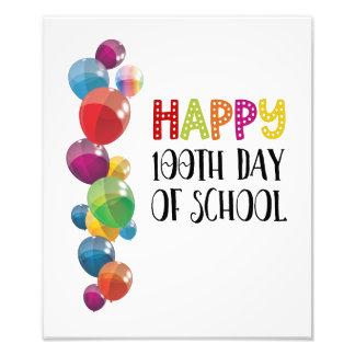 Foto 100th dia feliz da escola. Balões