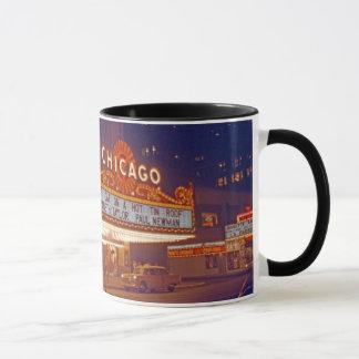 Foto 1959 de Chicago Theatere na caneca de café